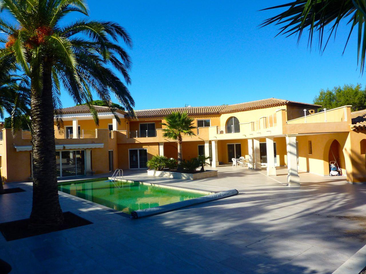 maisons vendre fr jus vente villas fr jus st raphael et environs de fr jus. Black Bedroom Furniture Sets. Home Design Ideas